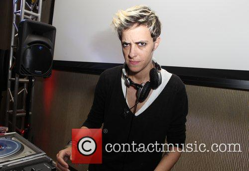 Dj Samantha Ronson and Beverly Hilton Hotel 2