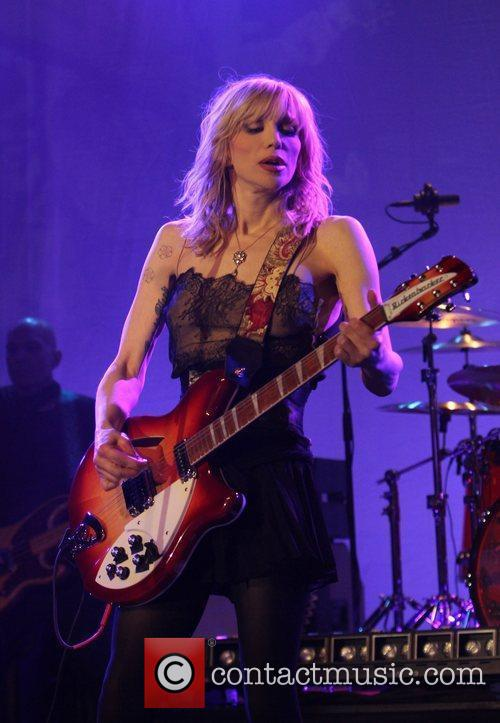 Courtney Love and Beverly Hilton Hotel 8