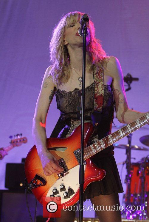 Courtney Love and Beverly Hilton Hotel 1