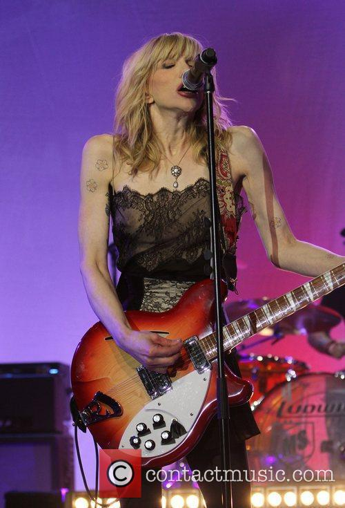 Courtney Love and Beverly Hilton Hotel 12