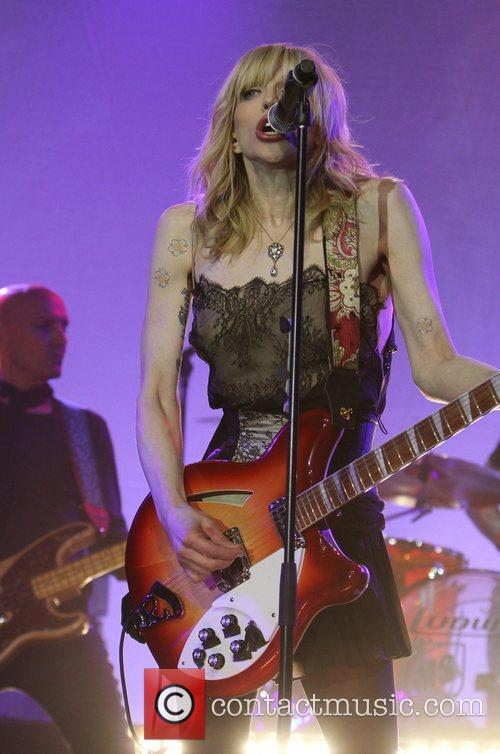 Courtney Love and Beverly Hilton Hotel 13