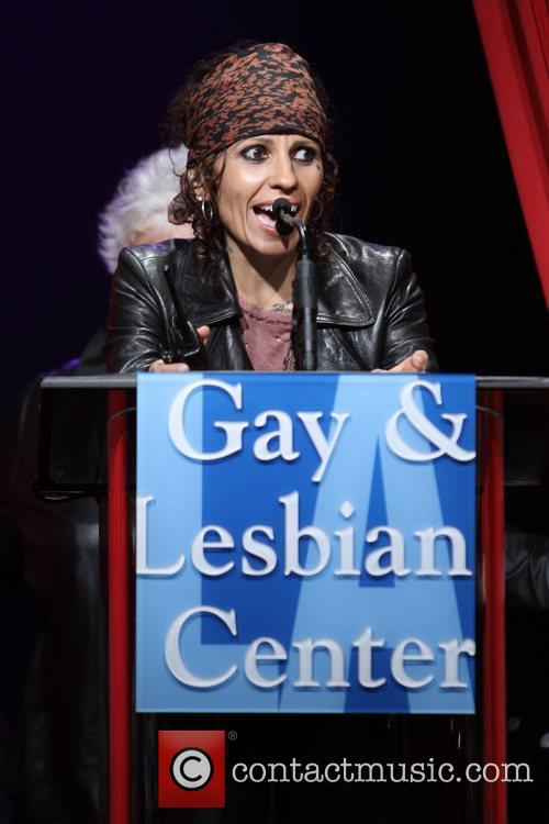 Linda Perry and Beverly Hilton Hotel 10