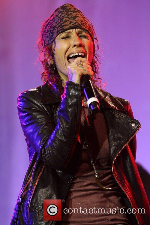 Linda Perry and Beverly Hilton Hotel 14