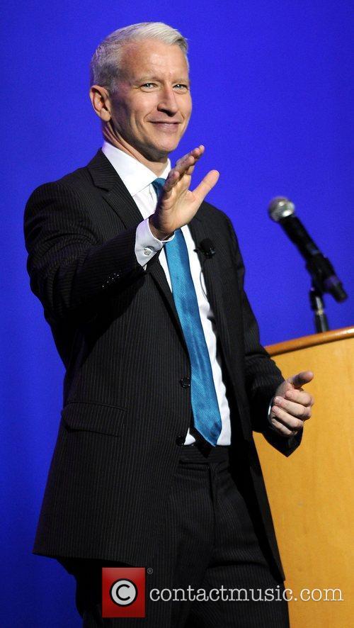 Anderson Cooper, Seminole Hard Rock Hotel, Casinos' Hard Rock Live