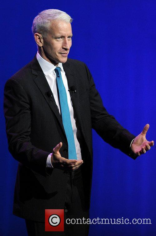 Anderson Cooper, Seminole Hard Rock Hotel and Casinos' Hard Rock Live 5