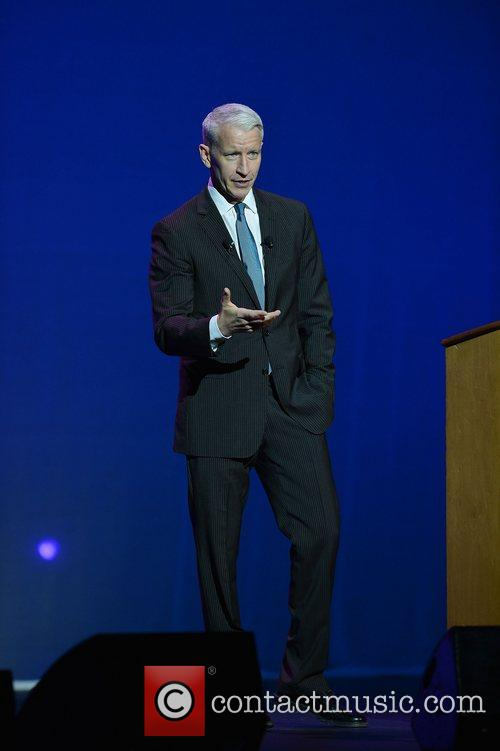 cnn anchor anderson cooper speaking at hard 4090622