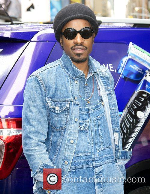 Musician, Gillette, Master, Style, Andr, Andre Benjamin, Movember and Times Square 3