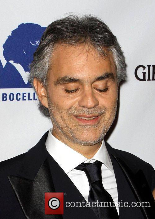 Andrea Bocelli and Beverly Hilton Hotel 7