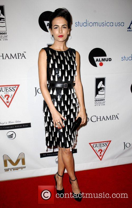 Camilla Belle and Beverly Hilton Hotel 12