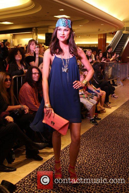 Model, Steven Tyler and Macy's 6
