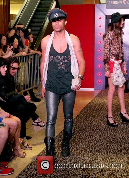 Model, Steven Tyler and Macy's 12
