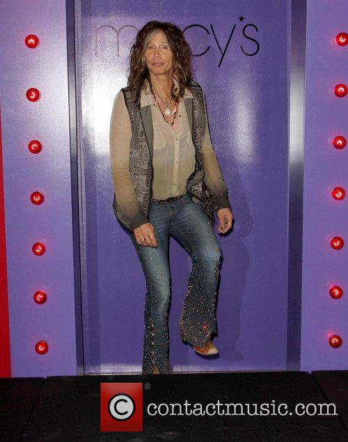 Steven Tyler, Macy's