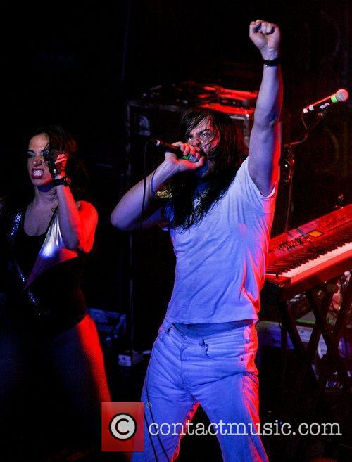 Andrew Wk and Evolution 5