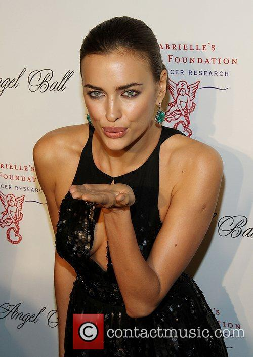 irina shayk attend the angel ball 2012 4139019