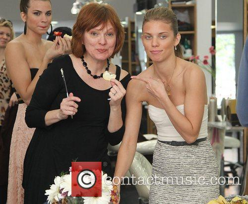 Annalynne Mccord and Gavert Atelier Salon 4