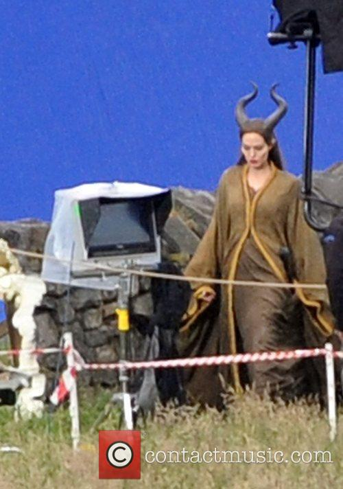angelina jolie wearing horns during the filming 3966638