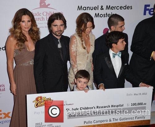 Daisy Fuentes and Juanes 2
