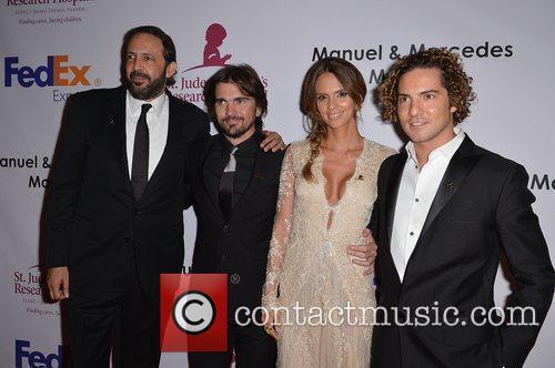 Juan Luis Guerra, Juanes, Karen Martinez and David...