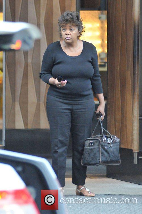 rampb singer anita baker leaving her downtown 4016576