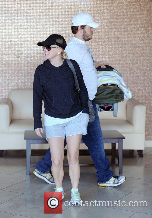 Anna Faris and Chris Pratt 11
