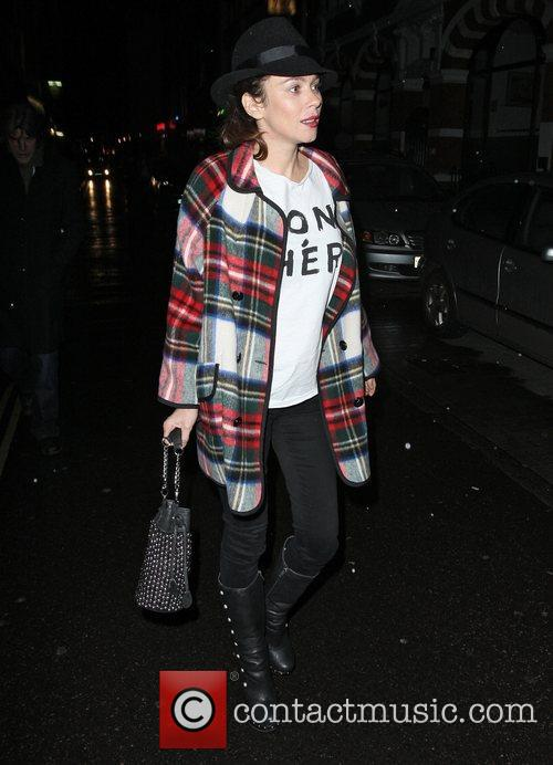 Anna Friel wearing a T-shirt with 'Mon Cher'...