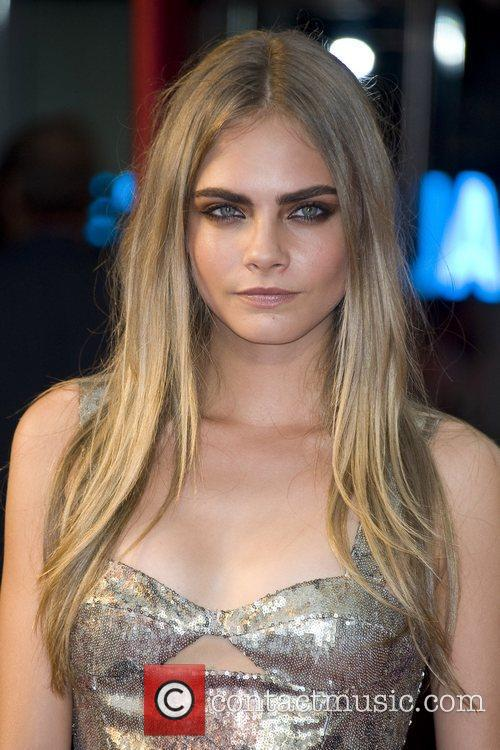 Cara Delevingne Hd New 2015 wallpapers,frame picture,resim wallpaper