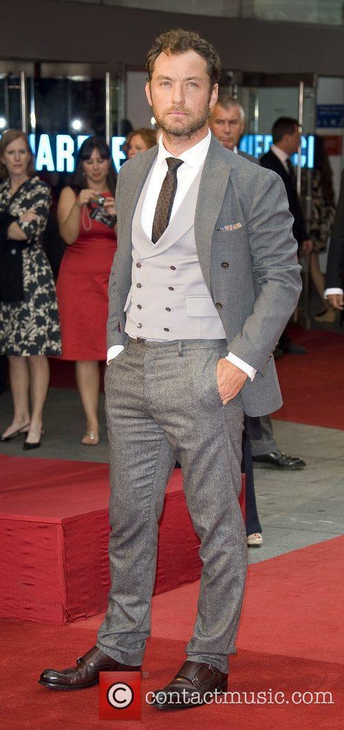 Jude Law 15