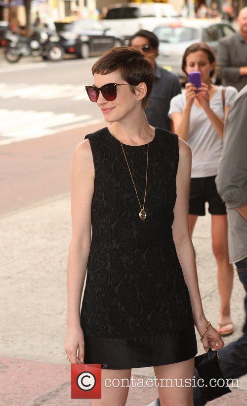 Anne Hathaway 18
