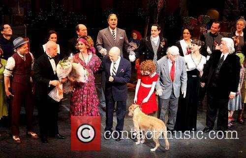 Charles Strouse, Thomas Meehan, Martin Charnin, Cast and Palace Theatre 2