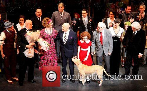 Charles Strouse, Thomas Meehan, Martin Charnin, Cast and Palace Theatre 4