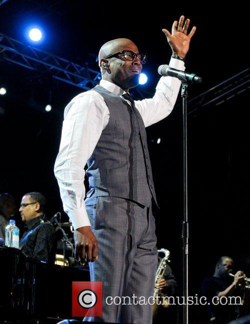 kem performs at the 7th annual jazz 3785262