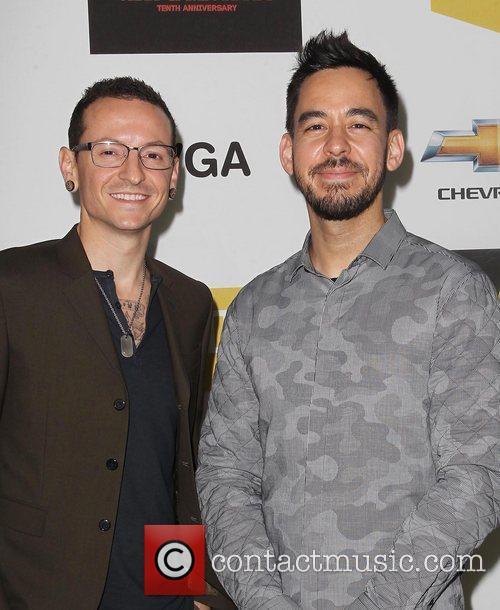 Chester Bennington and Mike Shinoda 2