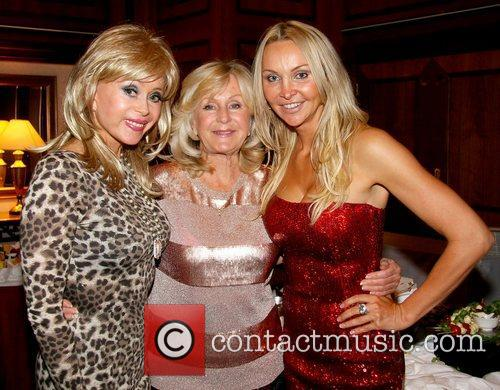 Sally Farmiloe, Liz Brewer, Conference Organiser Heather Bird, Anti-ageing, Conference Party and Copthorne Tara Hotel 1