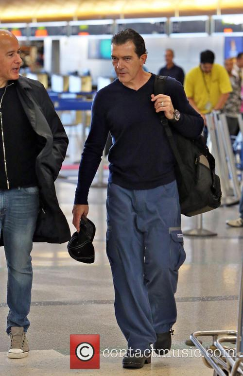 Antonio Banderas, Airport and Air France International 15