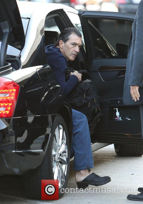 Antonio Banderas, Airport and Air France International 16