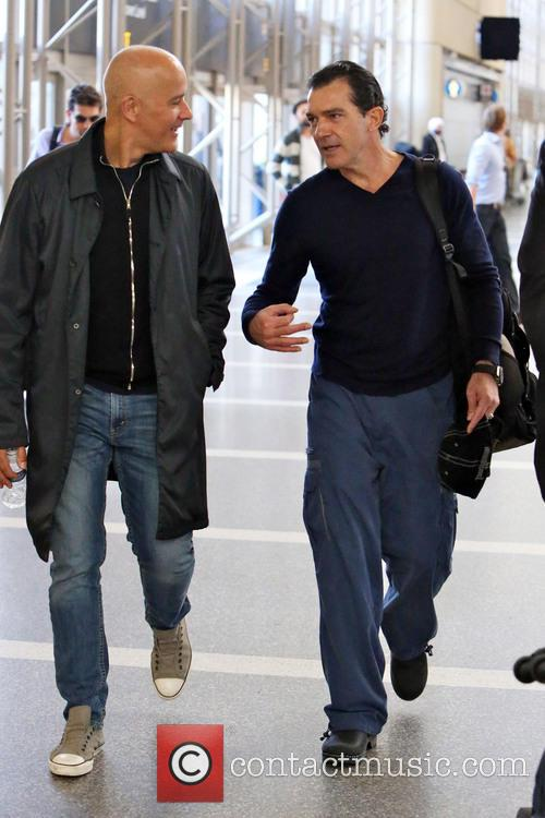 Antonio Banderas, Airport and Air France International 7