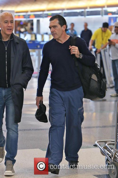 Antonio Banderas, Airport and Air France International 23