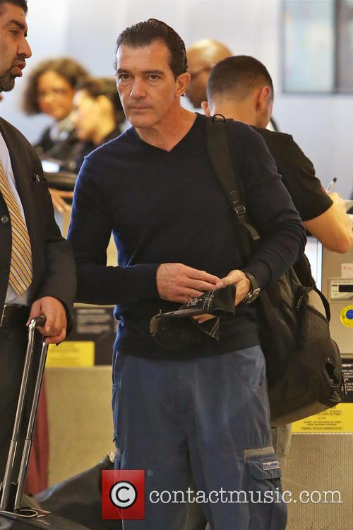 Antonio Banderas, Airport and Air France International 11