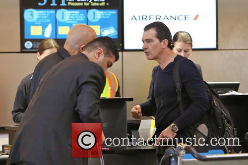 Antonio Banderas, Airport and Air France International 10