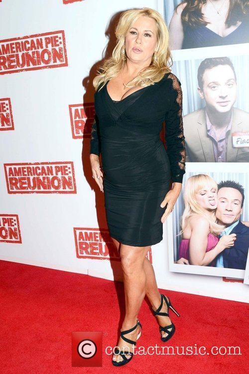 Jennifer Coolidge 3