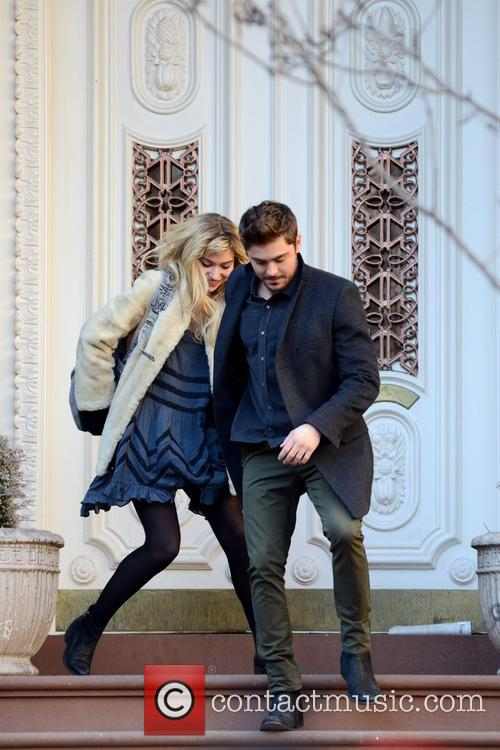 Zak Efron and Imogen Poots 24