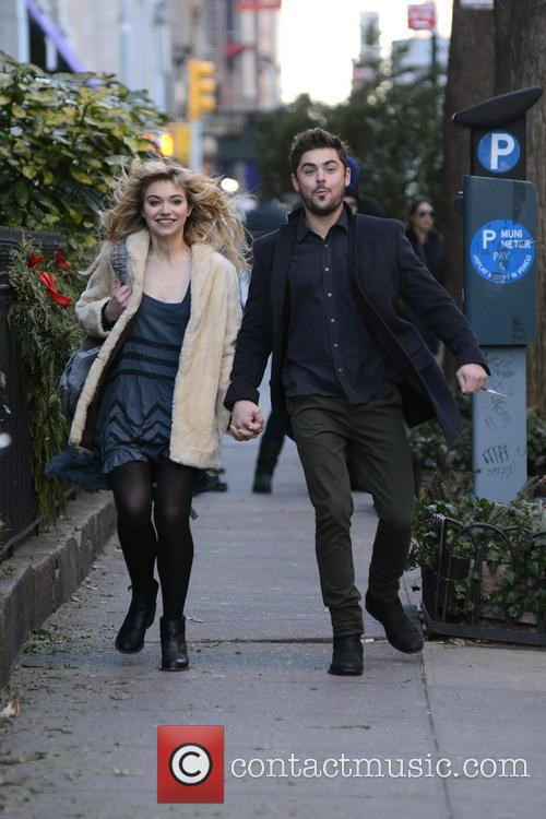 Zak Efron and Imogen Poots 12