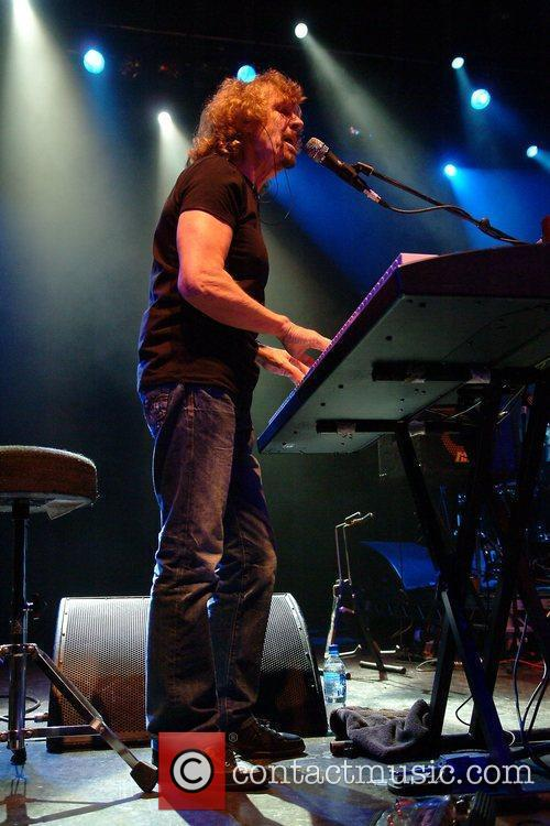 Rod Argent of Argent  performing at Shepherds...