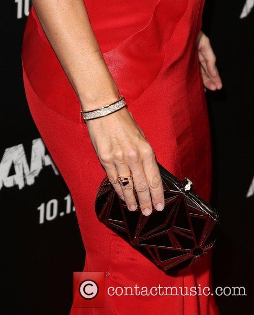 Jennifer Garner (purse and jewelry detail) 'Argo' -...