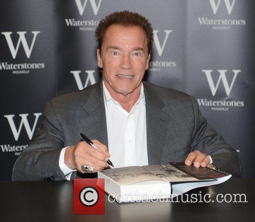 Arnold Schwarzenegger 24