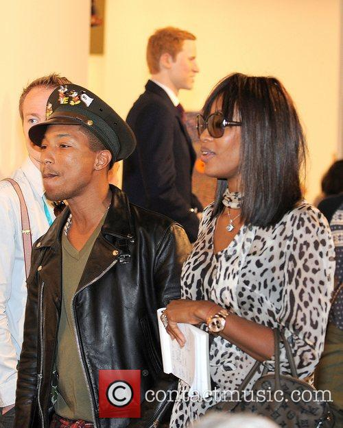 Pharrell Williams and Naomi Campbell 3