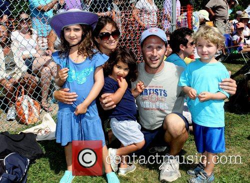 Mark Feuerstein with wife Dana Klein and their...
