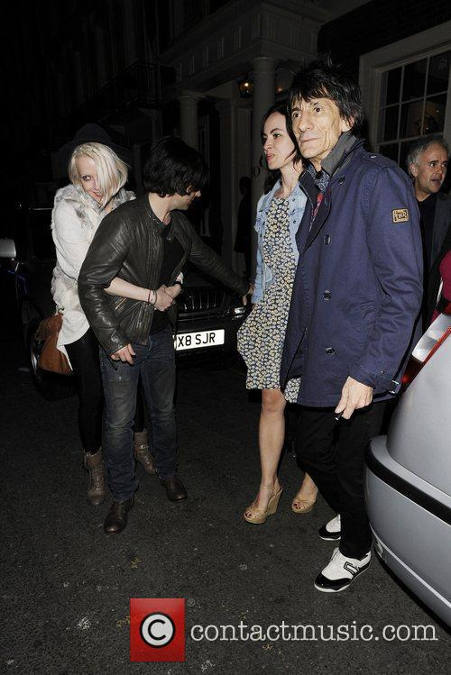ronnie wood and kelly jones leaving the 3804007