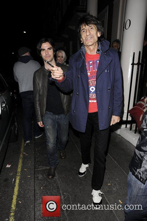 Ronnie Wood and Kelly Jones 8