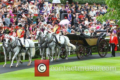 Queen Elizabeth Ii, Prince Philip and Royal Ascot 4